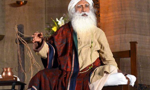 Guru Purnima 2019: Make this Guru Purnima Memorable for Your Teachers